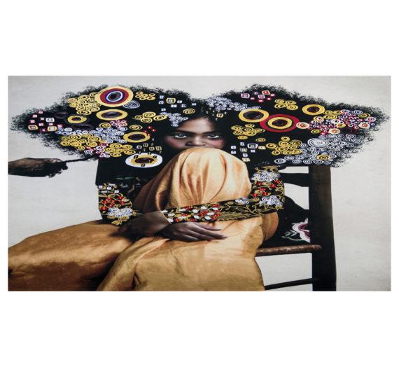 Dans ses photographies, Tawny Chatmon examine «l'absence» du corps noir dans l'art occidental et célèbre la beauté noire.